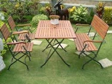 Prezzi Tavoli Da Giardino In Ferro.Tavoli Da Esterno In Legno Tavoli E Sedie