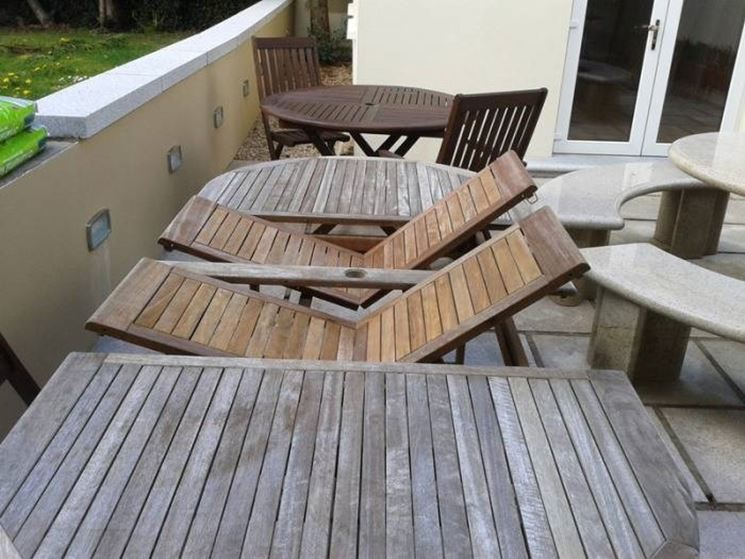 Tavoli da giardino allungabili tavoli e sedie - Tavoli in plastica da esterno ...