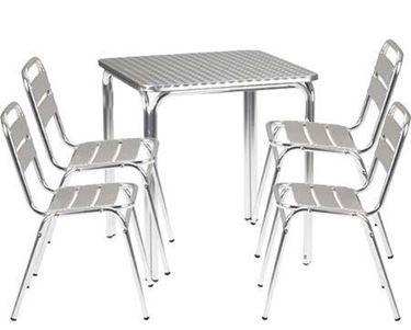 tavolo da esterno alluminio