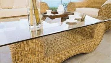 Tavolino da giardino con vetro<p />