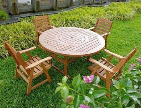 Tavoli in legno da giardino tavoli e sedie - Tavolo legno giardino ...