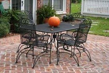 tavolo esterno ferro battuto