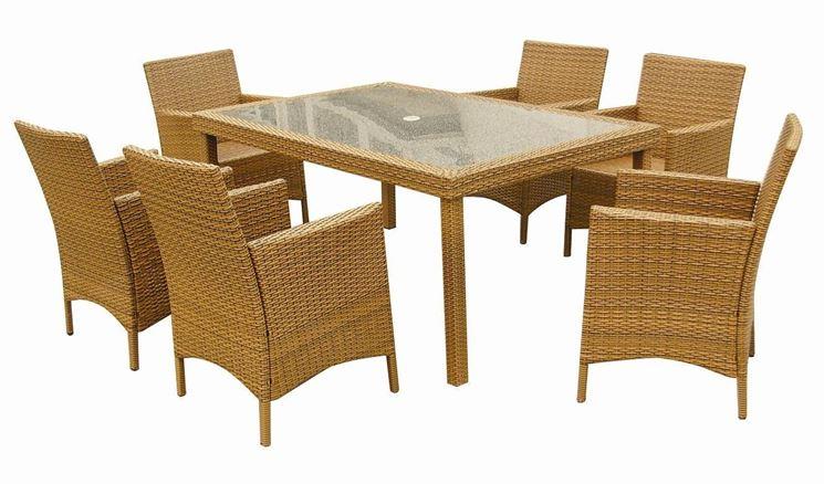 tavolo da esterno fibre naturali