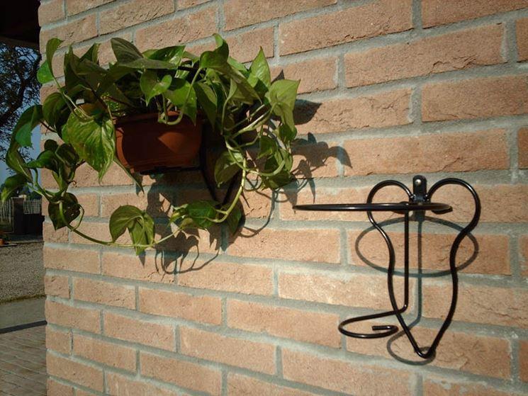 Fioriere ferro battuto fioriere fioriere ferro battuto for Portavasi a scaletta