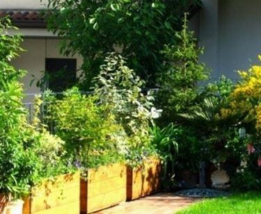 Fioriere giardino fioriere fioriere giardino vasi for Fioriera rettangolare con spalliera