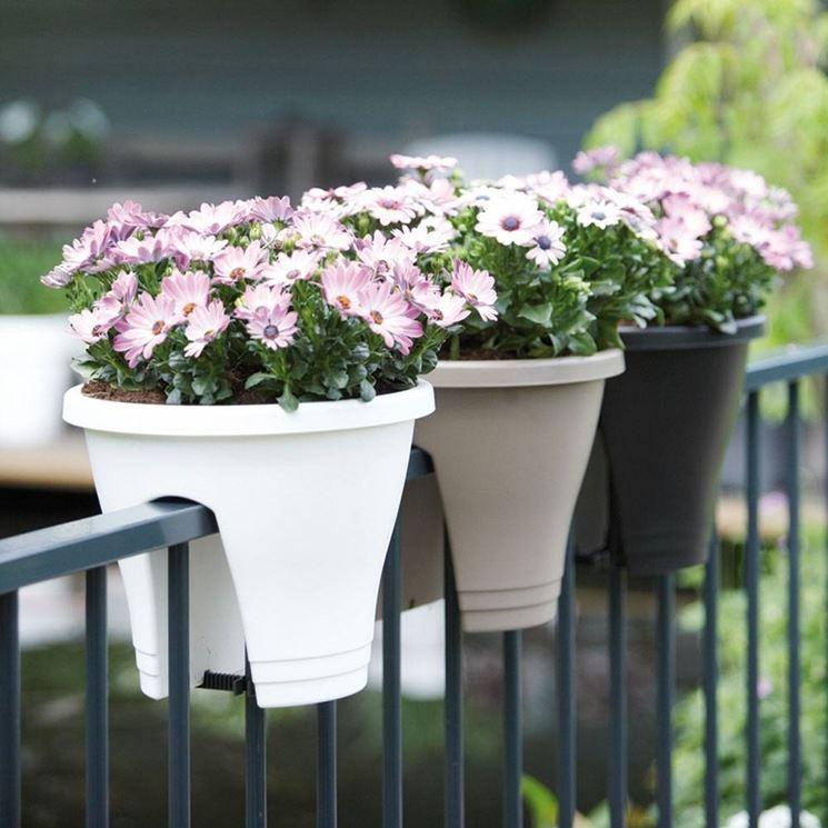 vasi da balcone vasi vasi adatti ai balconi
