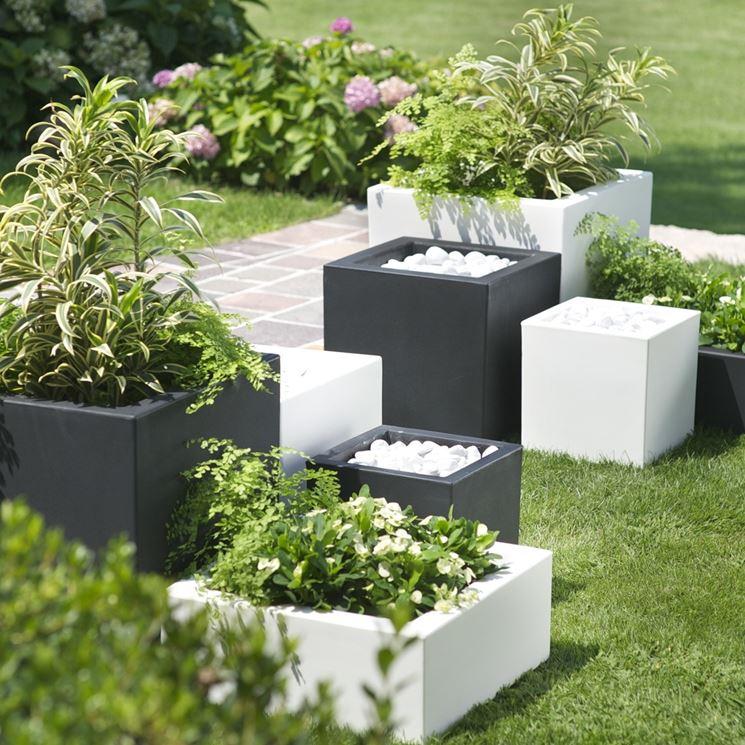 Vasi da esterno i trend del momento vasi for Vasi ornamentali da giardino