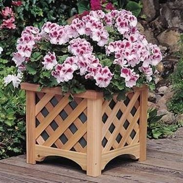 vasi per terrazzo in legno