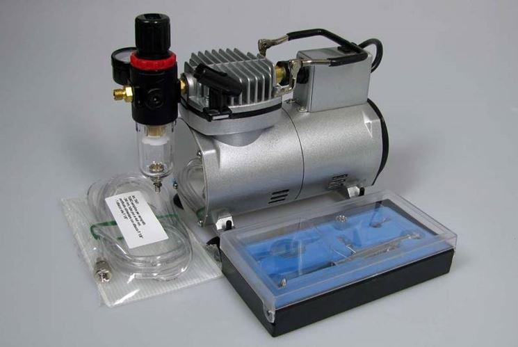 Compressore per aerografo da verniciatura