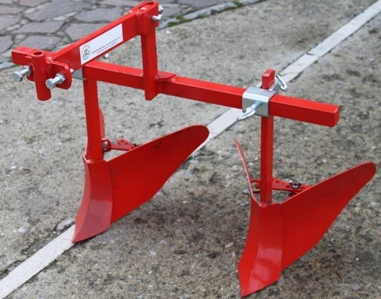 Accessori per motocoltivatore: rincalzatore