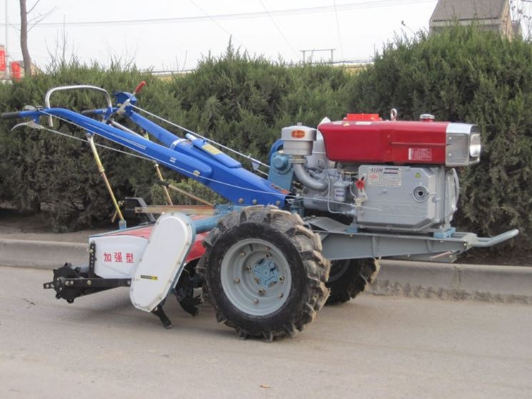 vendita e assistenza macchine agricole