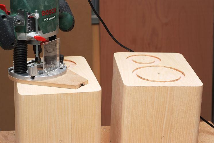 Piccola fresatrice per legno