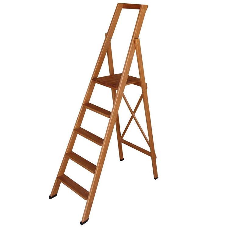 Modello di scala a libro in legno