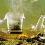 Tisana di salvia e limone digestiva e sgonfiante