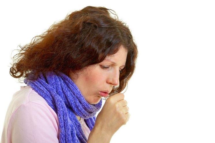 La salvia aiuta a controllare e lenire la tosse e la congestione delle vie aeree