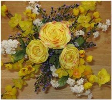 fiori gialli finti