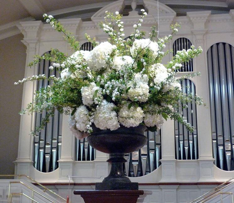 Matrimonio Natalizio Addobbi Chiesa : Addobbi floreali chiesa composizione fiori