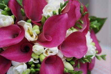 Allestimento floreale matrimonio composizione fiori for Giardinaggio e fiori
