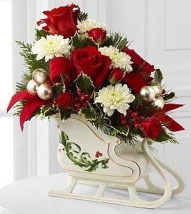 Composizioni natalizie composizione fiori - Centrotavola natalizi con fiori finti ...