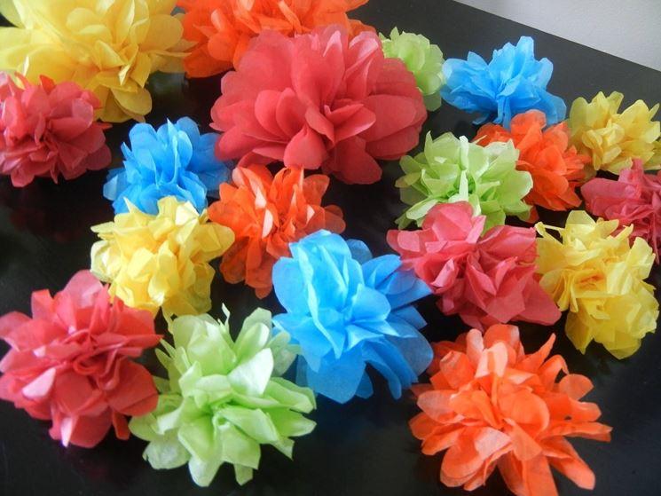 costruire fiori di carta