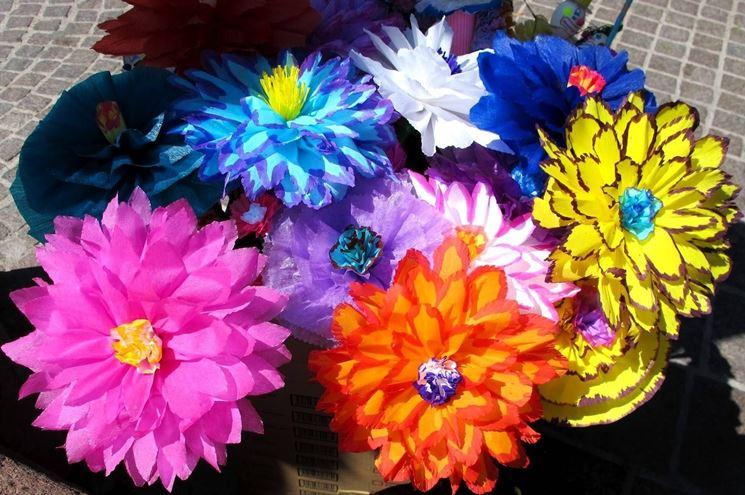 fiori cartapesta