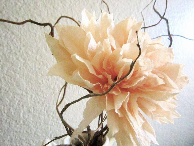 Modelli di fiori di carta: come creare il fiore di pesco