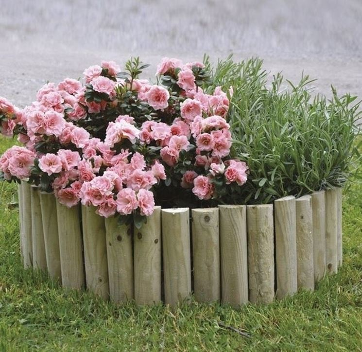 Bordure da giardino giardino fai da te for Bordi per aiuole fai da te
