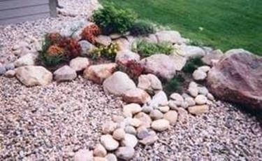 Come creare un giardino roccioso giardino fai da te for Creare piccolo giardino