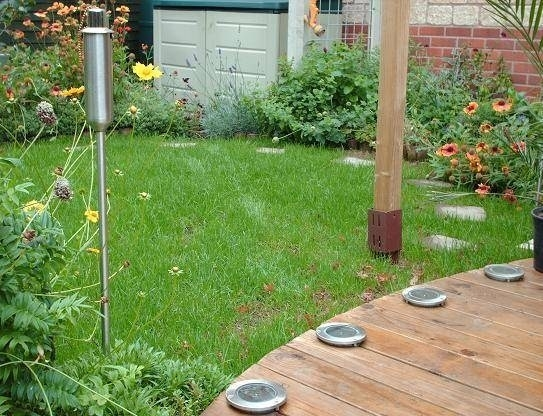 Come fare un giardino piccolo giardino fai da te for Creare piccolo giardino
