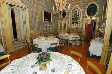 La sala da pranzo di Palazzo Patrizi