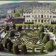 Una veduta di Villa Arvedi, dimora veneta del 1200