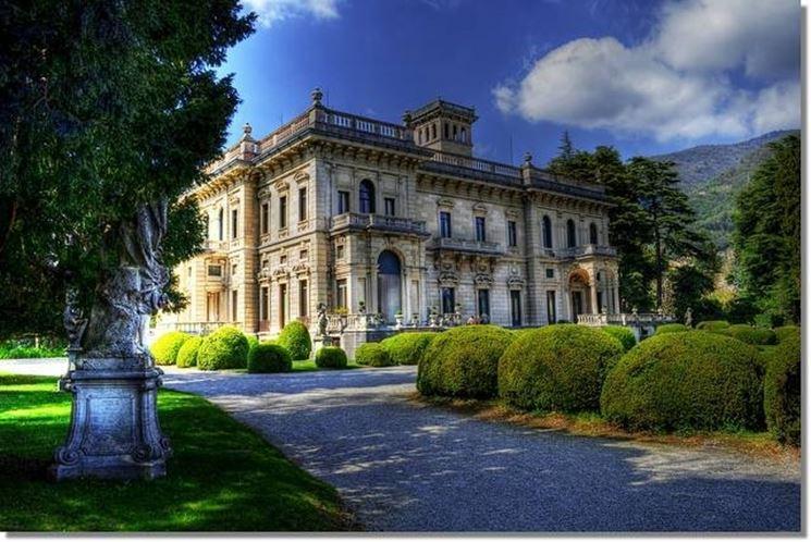 Esterno di Villa Erba
