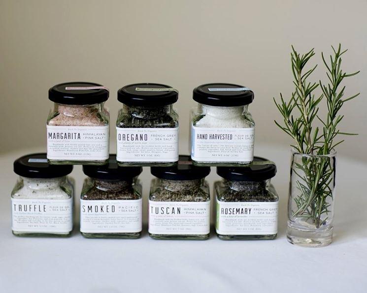 Erbe aromatiche conservate