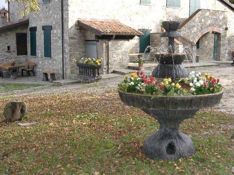 Fontane da giardino in cemento fontane migliori fontane in cemento - Fontane a parete da giardino ...