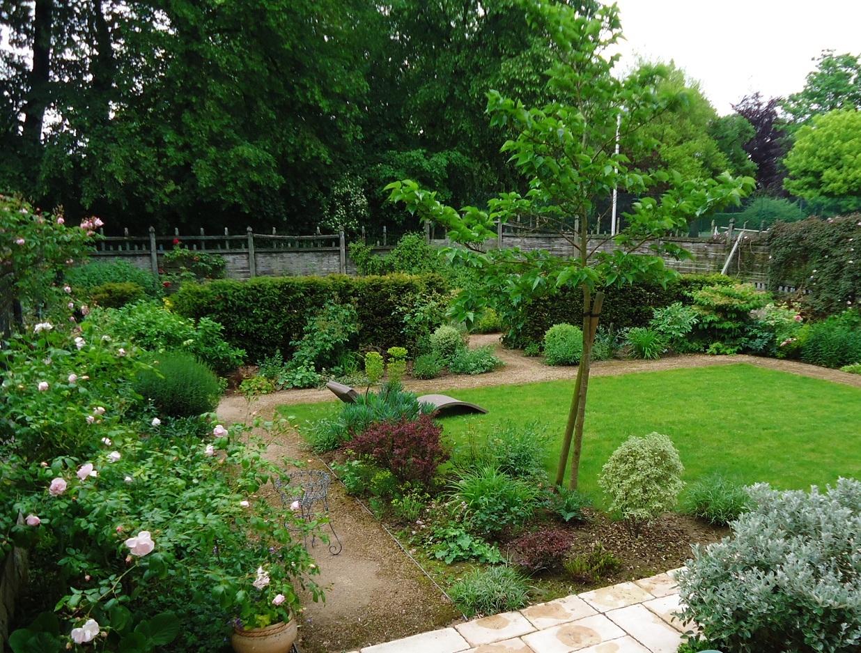 Casa moderna roma italy idee giardini piccoli for Piccoli progetti di ranch