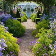 Idee per il giardino crea giardino come progettare for Abbellire giardino