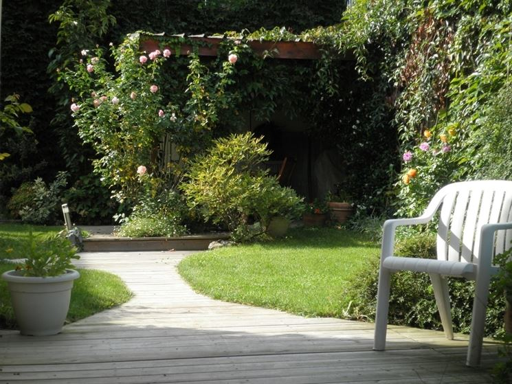 Top Piccoli giardini privati - Crea giardino - Allestire un piccolo  UO32
