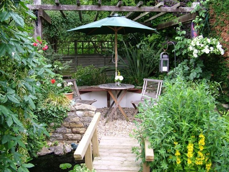 allestimento piccolo giardino