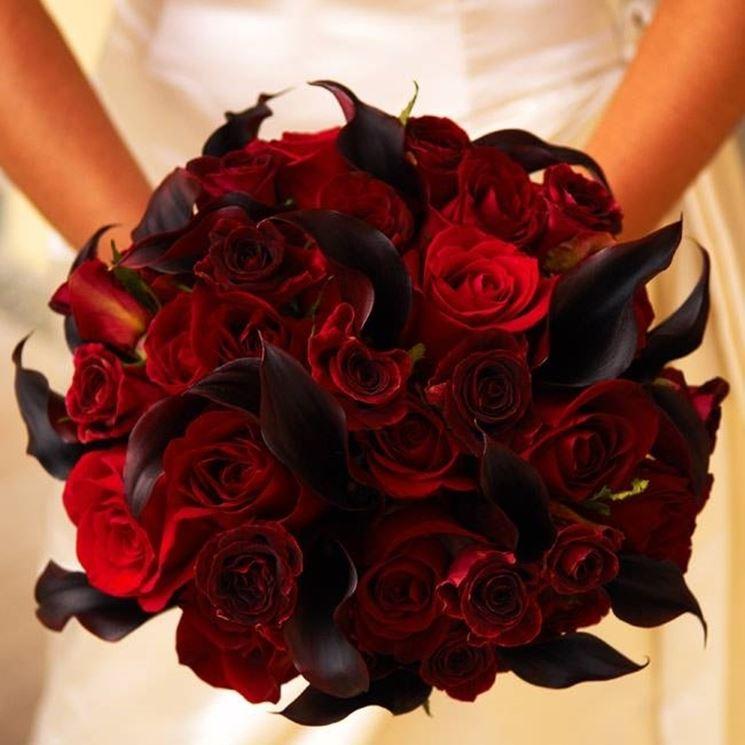 Bouquet da sposa di rose baccara
