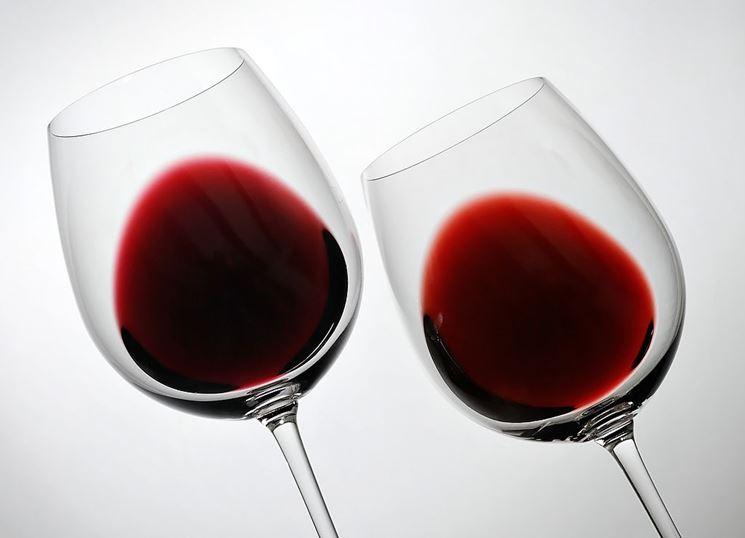 Inclinazione per definire il colore del vino