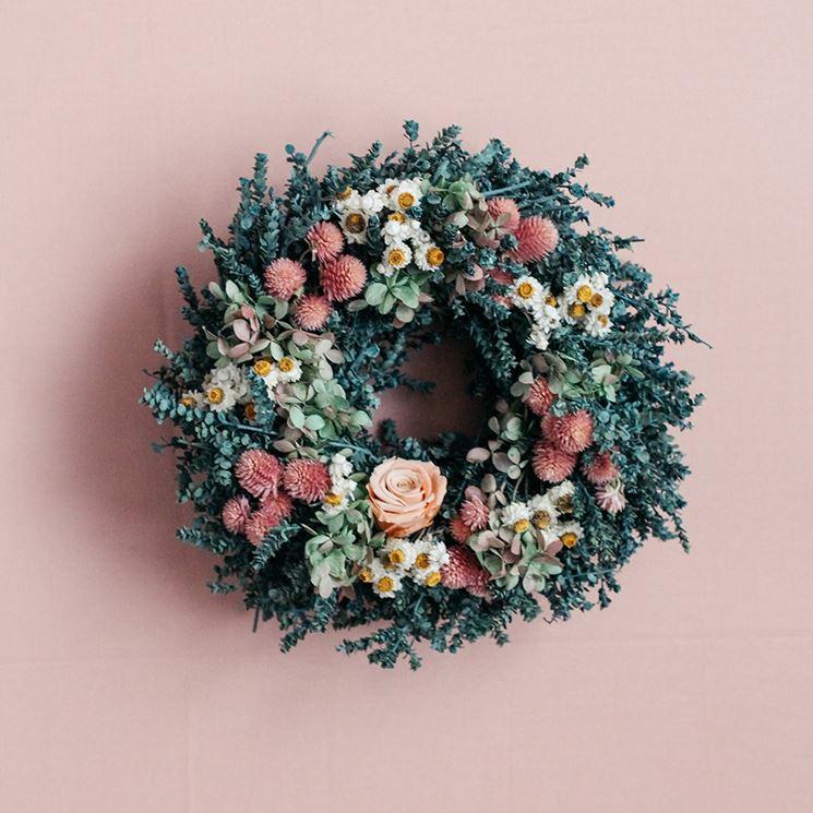 corona fiori secchi