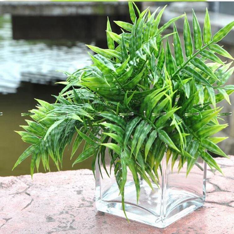 pianta finta in vaso vetro