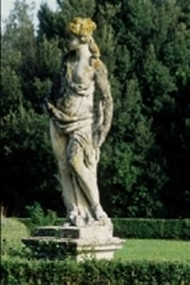 statue varie